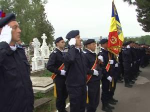 Eroii neamului, comemoraţi la impozantul monument din Cimitirul Pacea