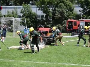 Pompierii din Brodina, din nou primii, deocamdată la concursul judeţean al serviciilor voluntare