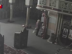 O icoană argintată cu Maica Domnului a fost furată în miezul zilei din Catedrala Ortodoxă din Rădăuți