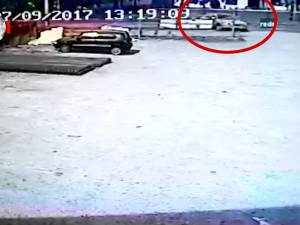 Contrabandistul rănit în timp ce fugea de poliție are leziuni serioase, dar este stabil