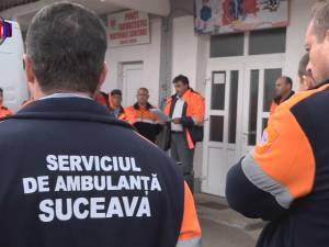 Sirenele au răsunat ieri în curtea Ambulanţei Suceava, în semn de protest faţă de parcul auto vechi şi ruginit