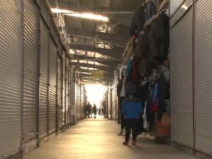 Mii de chioșcuri închise în Bazarul Sucevei