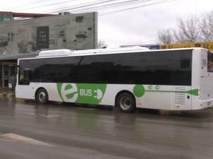 Călătorii gratuite cu un autobuz electric modern, în municipiul Suceava