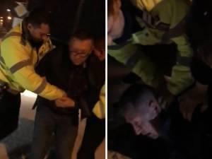 Intervenţie în forţă a poliţiştilor, pentru încătuşarea unui şofer care nu a comis vreo infracţiune, dar a refuzat controlul