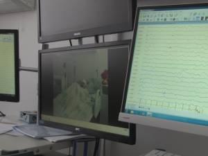 Fetiţă cu formă gravă de epilepsie, trimisă de Spitalul de Urgenţă Suceava la clinica parteneră din Germania pentru tratament