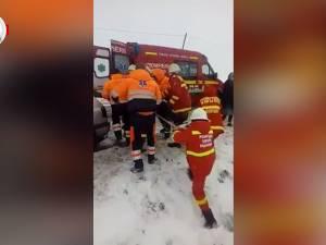 Accident cu cinci victime provocat de o şoferiţă de 19 ani
