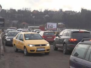 Podul de pe centura Şcheia-Iţcani a devenit coşmarul şoferilor care tranzitează zona