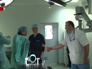 Flutur a felicitat, ieri, personalul Spitalului de Urgenţă pentru că instituţia are cel mai mare punctaj din ţară la reacreditare