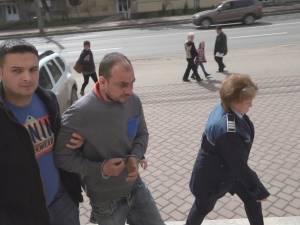 Vecinul suspectat că l-a omorât pe fostul viceprimar de la Moara, prins şi arestat preventiv