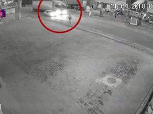 Semne de întrebare privind cauza accidentului mortal de la Șcheia, în urma impactului dintre un tir şi un taxi