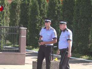 Poliţiştii locali de la Șcheia bat comuna doar la picior, pentru că nu au încă nici o maşină