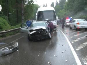 Accident cu patru răniți, pe DN 17, în pădurea de la Ilișești