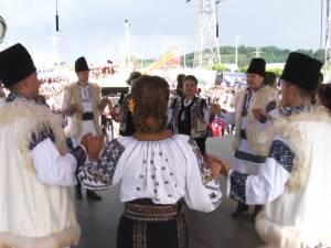 Duminică dedicată muzicii și dansurilor populare, la Zilele Sucevei