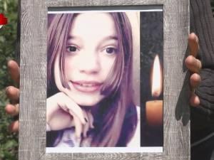 O fată s-a spânzurat la doar 15 ani. Minora ar fi fost şantajată