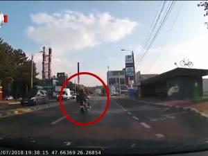 Motociclist rănit grav într-o intersecție din municipiul Suceava