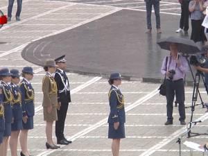 O tânără din Cornu Luncii, ofiţer de război electronic, este lidera promoţiei 2018 a Academiei Forţelor Aeriene