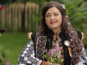 """Interpreta Laura Olteanu şi-a lansat videoclipul melodiei ,,Mi-i jali, Doamne, şi dor"""""""