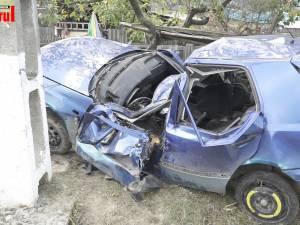 Cursa nebună cu mașina a doi minori, terminată groaznic: unul a murit, al doilea a suferit leziuni grave