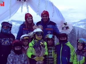 Cununie civilă pe pârtia de schi din Vatra Dornei; primarul Boncheș a venit pe schiuri