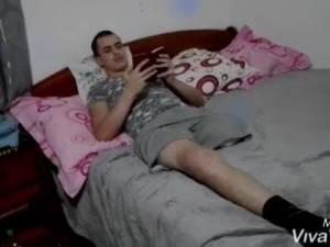 Rămas fără un picior în urma unui accident rutier, un tânăr are nevoie urgent de bani pentru a-și cumpăra o proteză