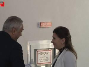 """Două tinere au fost distinse cu titlul de """"Doctorandul anului"""", la Universitatea din Suceava"""