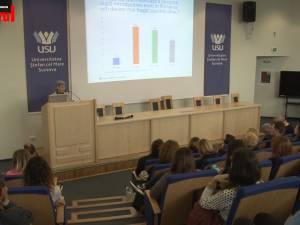 Singura femeie din conducerea BNR le-a vorbit studenților suceveni despre aderarea la euro
