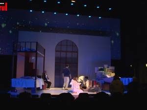Premiera primului spectacol pentru copii şi părinţi pus în scenă de teatrul sucevean, duminică, de la ora 17.00