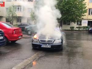 Incendiu la un autoturism aflat în trafic, în Obcini
