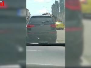 Poliţia şi ANAF-ul, ţinute kilometri întregi în spate de o maşină, pentru a asigura scăparea contrabandiştilor