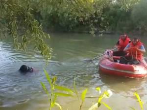 Copil dispărut în râul Suceava, la podul CFR de la Dărmănești