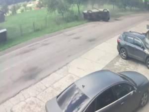 S-a răsturnat violent cu mașina din cauza unei depășiri inconștiente a unui alt șofer