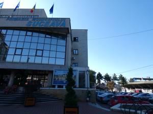 Parcare supraterană cu cinci niveluri, lângă sediul Primăriei Suceava