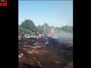 Cinci incendii au distrus gospodării şi furaje în judeţ, în interval de câteva ore
