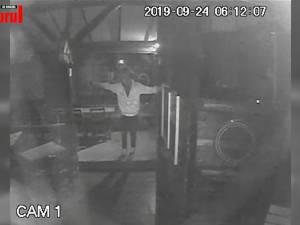 Club din Suceava, spart de un tânăr care a furat bani şi băutură