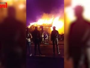 Soţ şi soţie găsiţi carbonizaţi în casa mistuită de flăcări