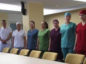 Medicii şi asistentele Spitalului de Urgenţă Suceava vor fi îmbrăcaţi obligatoriu în alb, cu excepţia celor de la Maternitate