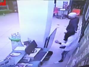Farmacistă atacată de un tâlhar cu un cuțit, în centrul Sucevei