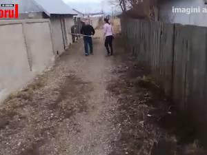 Un scandal între vecini a degenerat în atac cu furca și capete sparte
