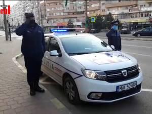 Imnul României a răsunat prin megafoanele autospecialelor de poliție