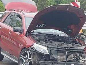 Accident pe Mestecăniș, provocat de un șofer de vehicul greu, de 21 de ani