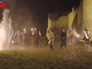 Spectacole cu foc și tabără medievală, în Cetatea Sucevei