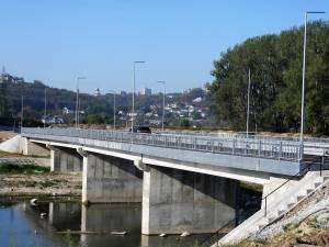 Primă variantă din ruta alternativă Suceava – Botoșani, peste Podul Unirii, a fost dată în funcțiune