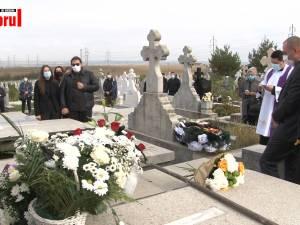 """Directorul Colegiului Național """"Mihai Eminescu"""", Renato Tronciu, a fost  înmormântat azi în cimitirul Pacea Nou"""