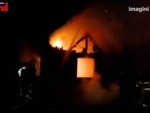 Casă mistuită de flăcări la Șcheia, în urma unui incendiu provocat intenționat
