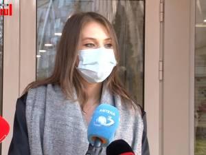 Studenta la Medicină Raluca Savu, voluntar în sector COVID, s-a vaccinat duminică la Suceava