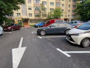 Stradă din centrul Sucevei, reabilitată și modernizată, inclusiv cu 50 locuri de parcare marcate